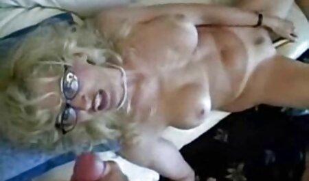 Strapon Fetisch Babe genießen deutsche private fickfilme es, schwachen Kerl zu binden