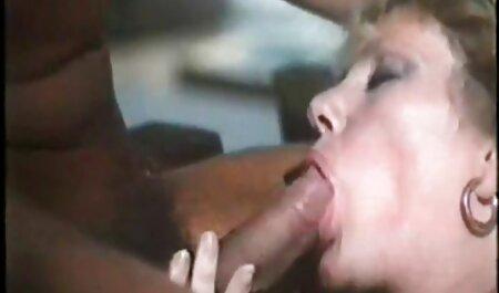 Dieses Paar hat Sex im kostenlose fickfilme anschauen Auto
