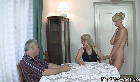 Frischer fickfilme mit oma junger Arsch