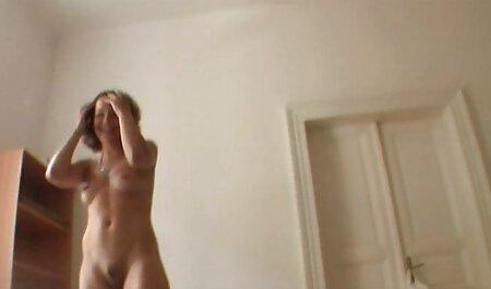 Weißes Mädchen kostenlose fickfilme ansehen lutscht einen schwarzen Schwanz
