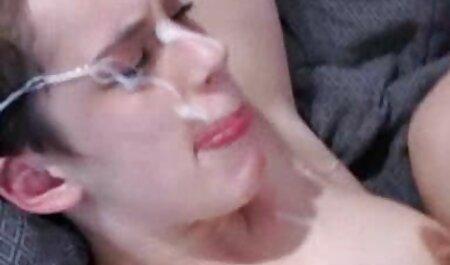 Webcam fickfilme mit alten frauen Mädchen masturbiert geil
