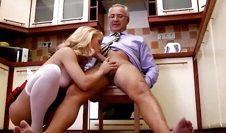 Hausgemachte gefesselte Küken werden hart gefickt sex und fickfilme
