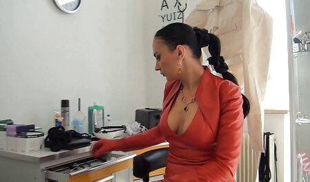 Nataly Bloo schwedische fickfilme pumpt ihre Muschi