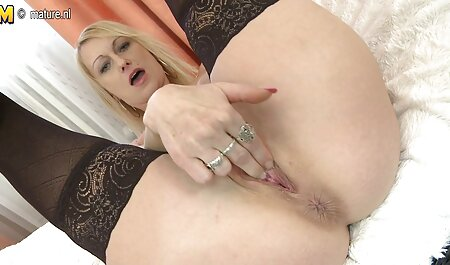 SEXY MILF BANG PRIEST !!!! hd fickfilme