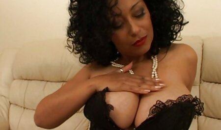 Die kurvige Hausfrau Angel Lynn wird oma fickfilm in den Arsch gefickt